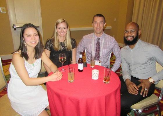 OVC Alumni Enjoying Drinks