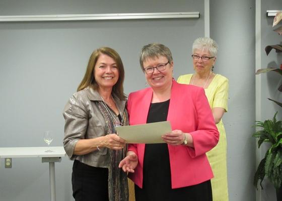 Volunteers with Certificate